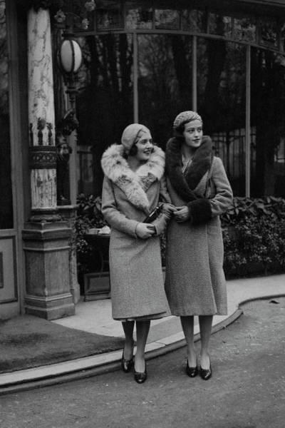 People Walking Photograph - Paulette Amor De Ytrurbe And Sylvia De Rivas by George Hoyningen-Huene