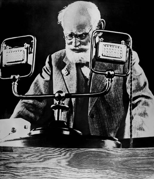 Photograph - Pavlov At Psychology Meeting 1935 by Sputnik/science Photo Library