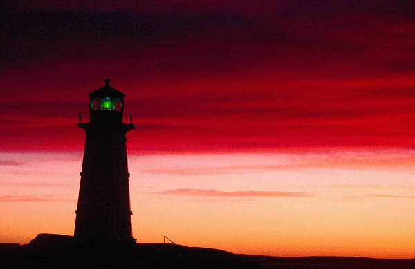 Bay Of Green Bay Wall Art - Photograph - Peggys Cove Lighthouse At Sunset by Greg Johnston