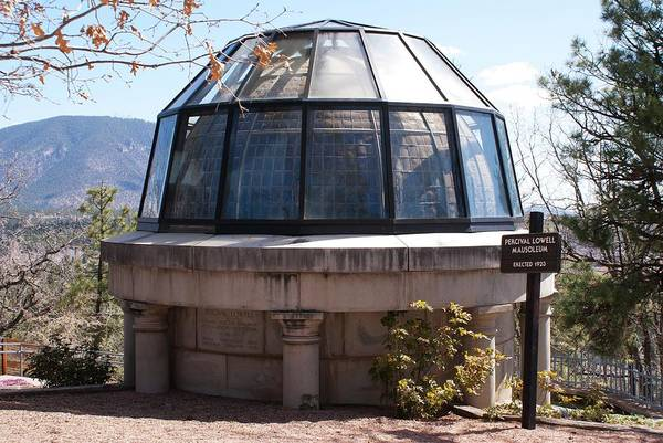 Astronomer Photograph - Percival Lowell's Mausoleum by Mark Williamson/science Photo Library