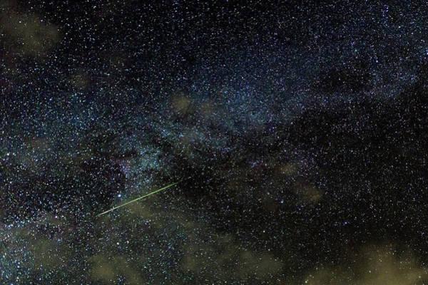 Perseid Wall Art - Photograph - Perseid Meteor Track Over Hawaii by Babak Tafreshi