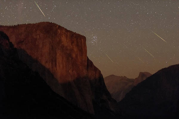Perseid Wall Art - Photograph - Perseid Meteors Over Yosemite by Babak Tafreshi/science Photo Library