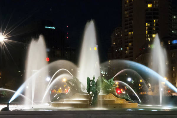Photograph - Philadelphia - Swann Fountain - Night by Bill Cannon