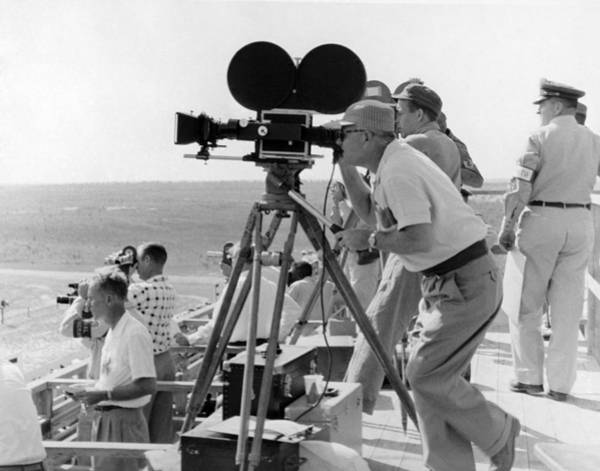 1958 Movies Photograph - Photographers Filming An Event by Underwood Archives