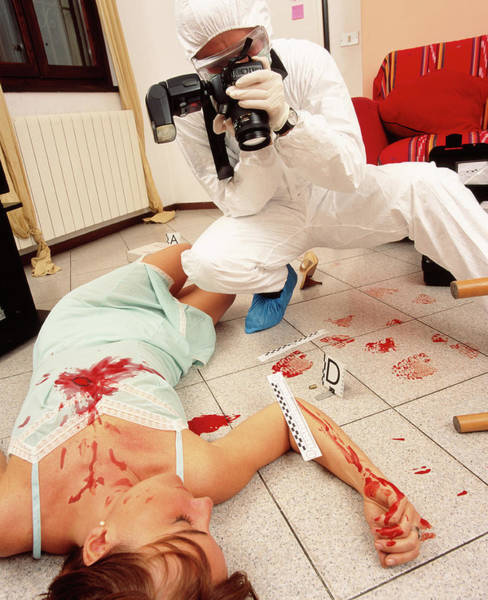Catalog Photograph - Photographing Crime Scene by Mauro Fermariello/science Photo Library