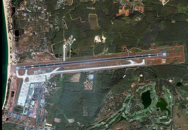 Runway Photograph - Phuket Airport by Geoeye/science Photo Library