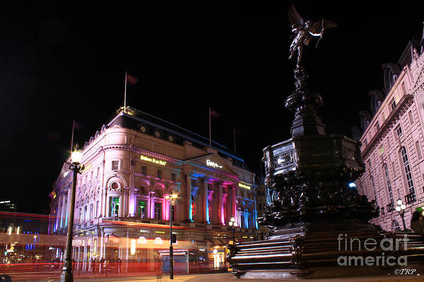 Piccadilly Circus Art Print by Size X