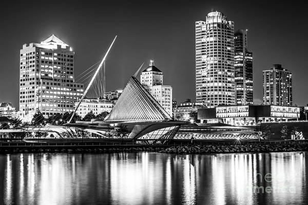Milwaukee Art Museum Photograph - Picture Of Milwaukee Skyline At Night In Black And White by Paul Velgos