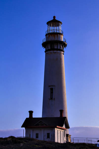 Coast Guard House Photograph - Pigeon Point Lighthouse 2 by Garry Gay