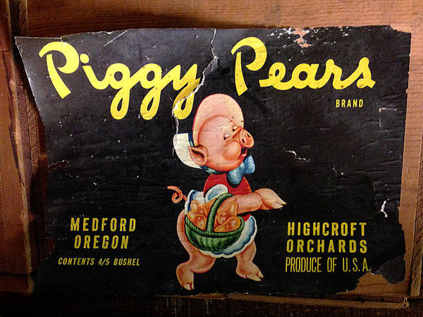 Photograph - Piggy Pears Crate Label by Richard Reeve