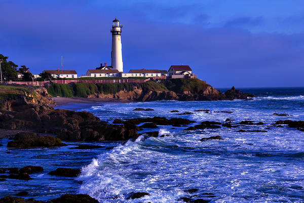 Coast Guard House Photograph - Pigion Point Light House by Garry Gay
