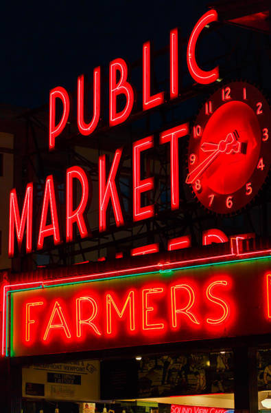 Photograph - Pike Place Public Farmers Market by Scott Campbell