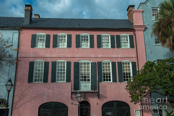 Photograph - Pink Colonial Home by Dale Powell