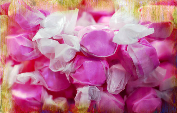 Photograph - Pink Saltwater Taffy by Gunter Nezhoda