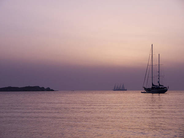 Photograph - Pink Sunset Off Mykonos by Brenda Kean