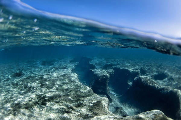 Above And Below Wall Art - Photograph - Pipe Reef. by Sean Davey