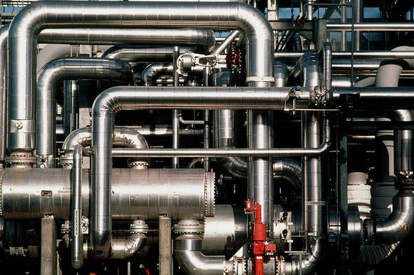 Wall Art - Photograph - Pipework At An Oil Refinery by Ed Young/science Photo Library