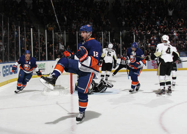 Scoring Photograph - Pittsburgh Penguins V New York Islanders by Bruce Bennett