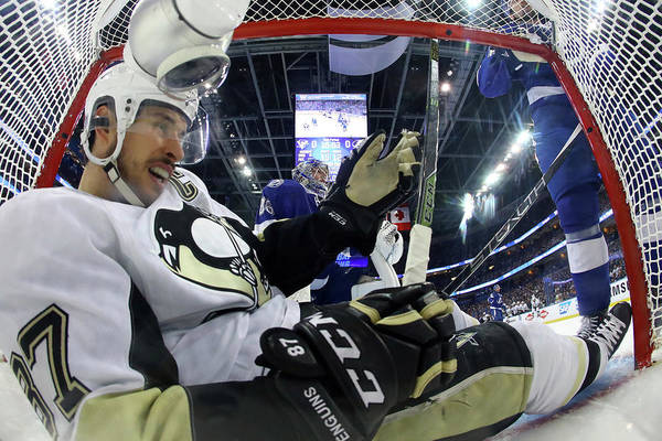 Nhl Players Photograph - Pittsburgh Penguins V Tampa Bay by Bruce Bennett