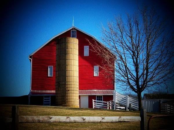 Frederick County Wall Art - Photograph - Plantation Barn by Joyce Kimble Smith