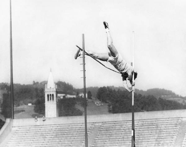 Wall Art - Photograph - Pole Vaulter Working Out by Underwood Archives