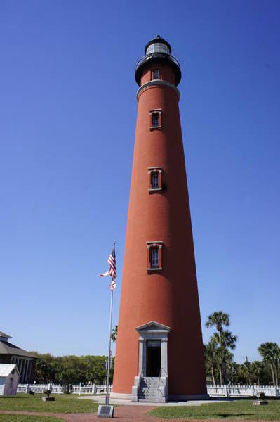 Ormond Beach Photograph - Ponce Inlet Lighthouse by Laurie Perry