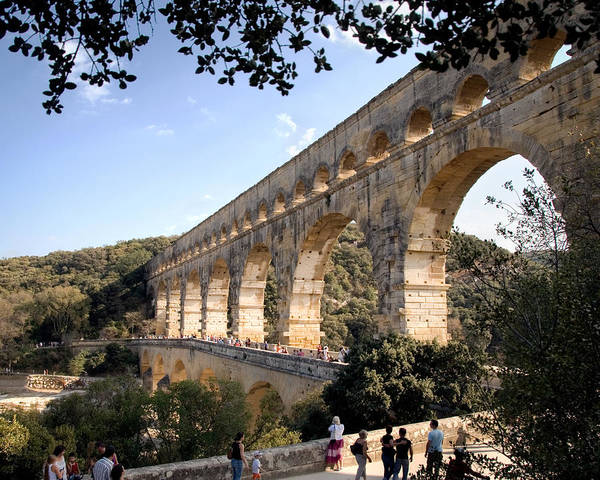 Photograph - Pont Du Gard by William Beuther