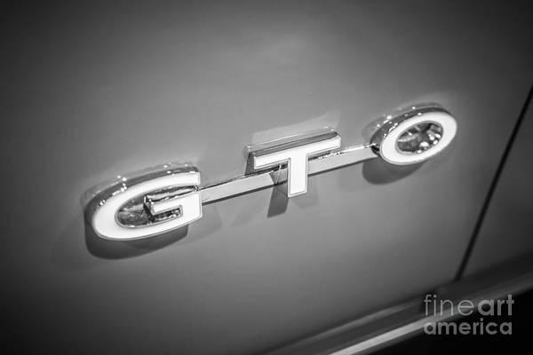 American Car Photograph - Pontiac Gto Emblem by Paul Velgos