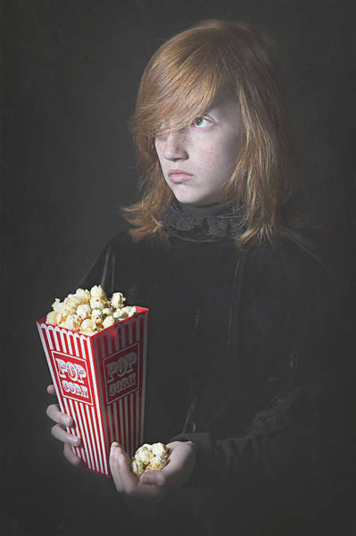 Wall Art - Photograph - Popcorn by Carola Kayen-mouthaan