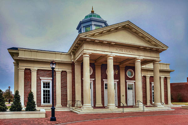 Photograph - Pope Chapel At Christopher Newport University by Jerry Gammon
