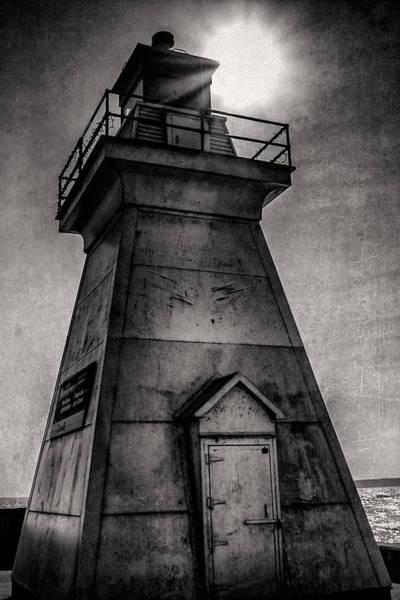 Digital Art - Port Dover Lighthouse by Eduardo Tavares
