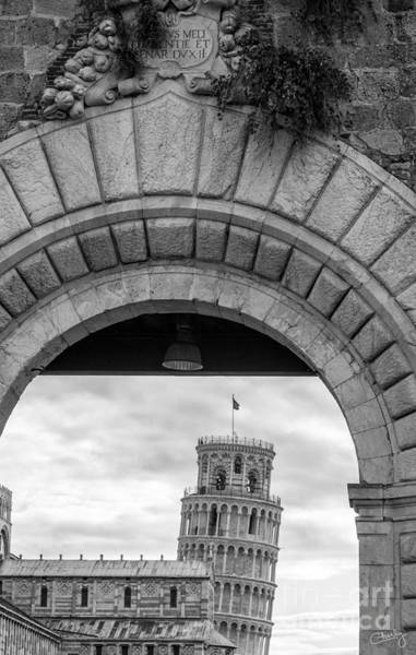 Photograph - Porta Di Pisa by Prints of Italy