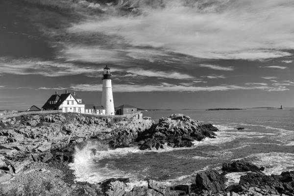 Photograph - Portland Head Light 19456b by Guy Whiteley