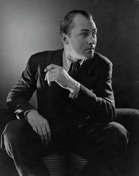 Male Portrait Photograph - Portrait Of Actor Brian Aherne by Edward Steichen