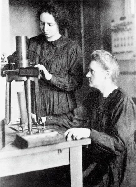 Wall Art - Photograph - Portrait Of Marie & Irene Curie by Science Photo Library