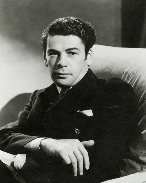 Male Photograph - Portrait Of Paul Muni by Toni Von Horn