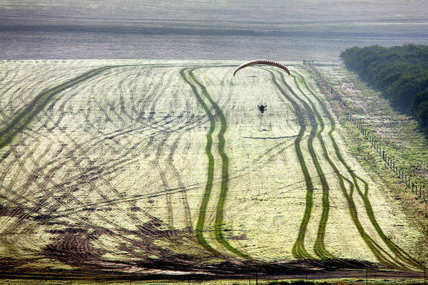 Photograph - Powered Paraglider Soars  Landscape Photograph By Jo Ann Tomaselli by Jo Ann Tomaselli