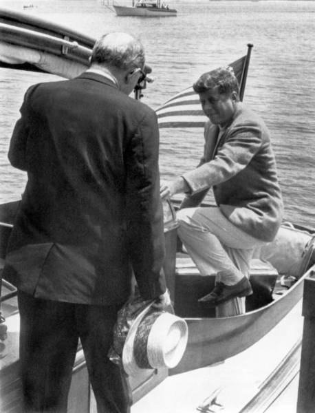 Hyannis Photograph - President Kennedy And Rusk by Underwood Archives