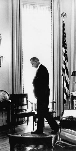 Wall Art - Photograph - President Lyndon Johnson Paces by Underwood Archives