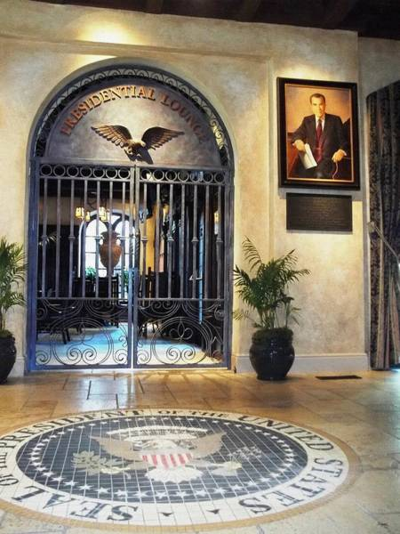 Photograph - Presidential Lounge - The Mission Inn Hotel by Glenn McCarthy Art and Photography