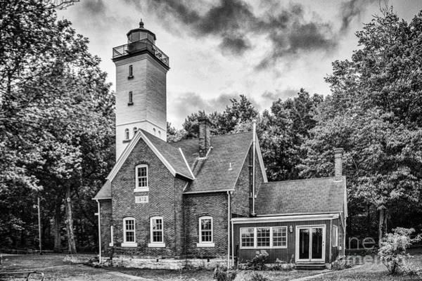 Photograph - Presque Isle Lighthouse by Jim McCain