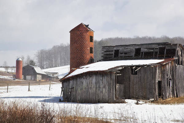 Photograph - Pretty Barn In The Snow by Jill Lang