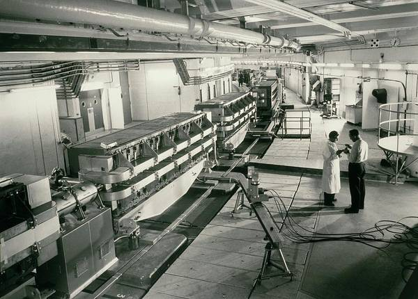 Proton Photograph - Proton Synchrotron (ps) Accelerator by Cern/science Photo Library