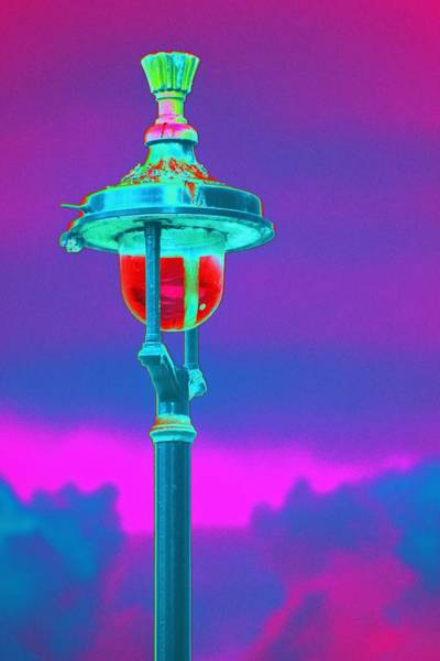Photograph - Psychedelic London Streetlight by Richard Henne