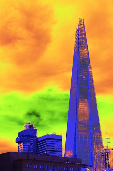 Photograph - Psychedelic Shard by Richard Henne