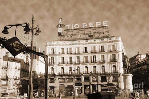 Photograph - Puerta Del Sol Vintage Look by RicardMN Photography