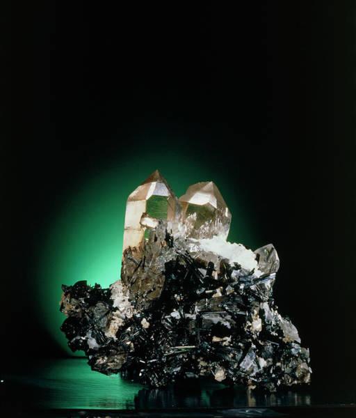 Quartz Photograph - Quartz And Green Tourmaline Crystals by Roberto De Gugliemo/science Photo Library