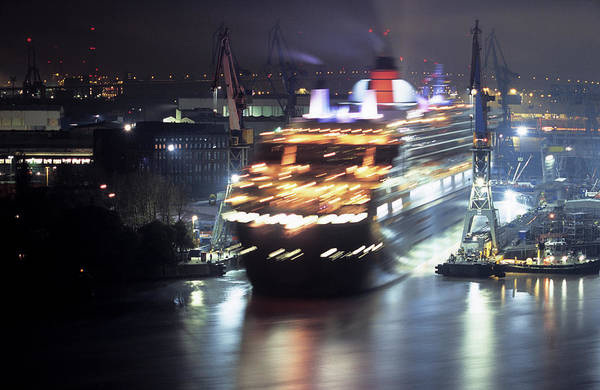 Wall Art - Photograph - Queen Mary 2 Backing Out Of Dry Dock by Marc Steinmetz