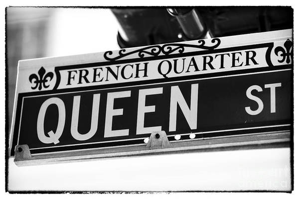Photograph - Queen St by John Rizzuto