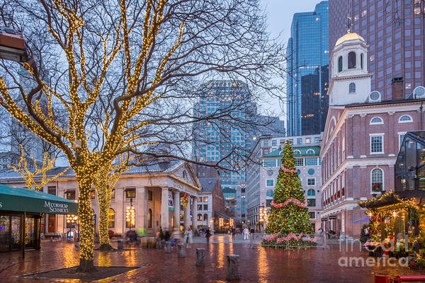 Photograph - Quincy Market Rainy Christmas by Susan Cole Kelly